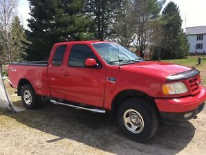 Ford F150. 2002