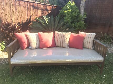 Day Bed Jamie Durie Patio Range