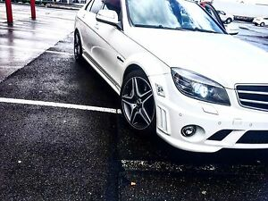 Mercedes C63 AMG  white  clean title