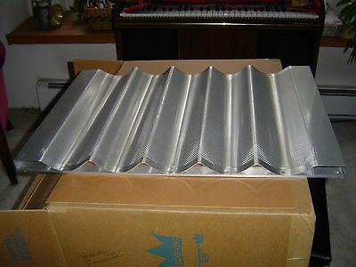Chicago Metallic 45505french Bread Bake Panperforated Aluminumbaguette 5 Per