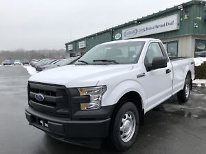 2017 Ford F-150 XL HARD TO FIND REGULAR CAB 4X4 V-8!
