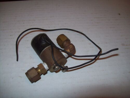 GOULD ALLIED CONTROL BB-31682  3WAY BRASS SOLENOID VALVE 24VDC P1109