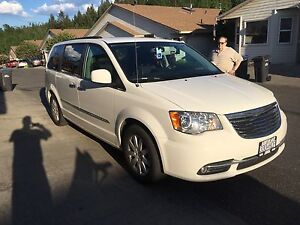 2012 Chrysler Town+Country