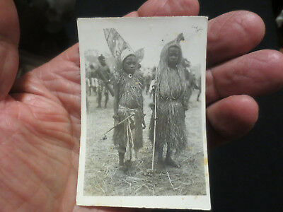 WW11 AUTHENTIC PHOTOGRAPH OF TWO NEW GUINEA NATIVE CHILDREN IN COSTUME