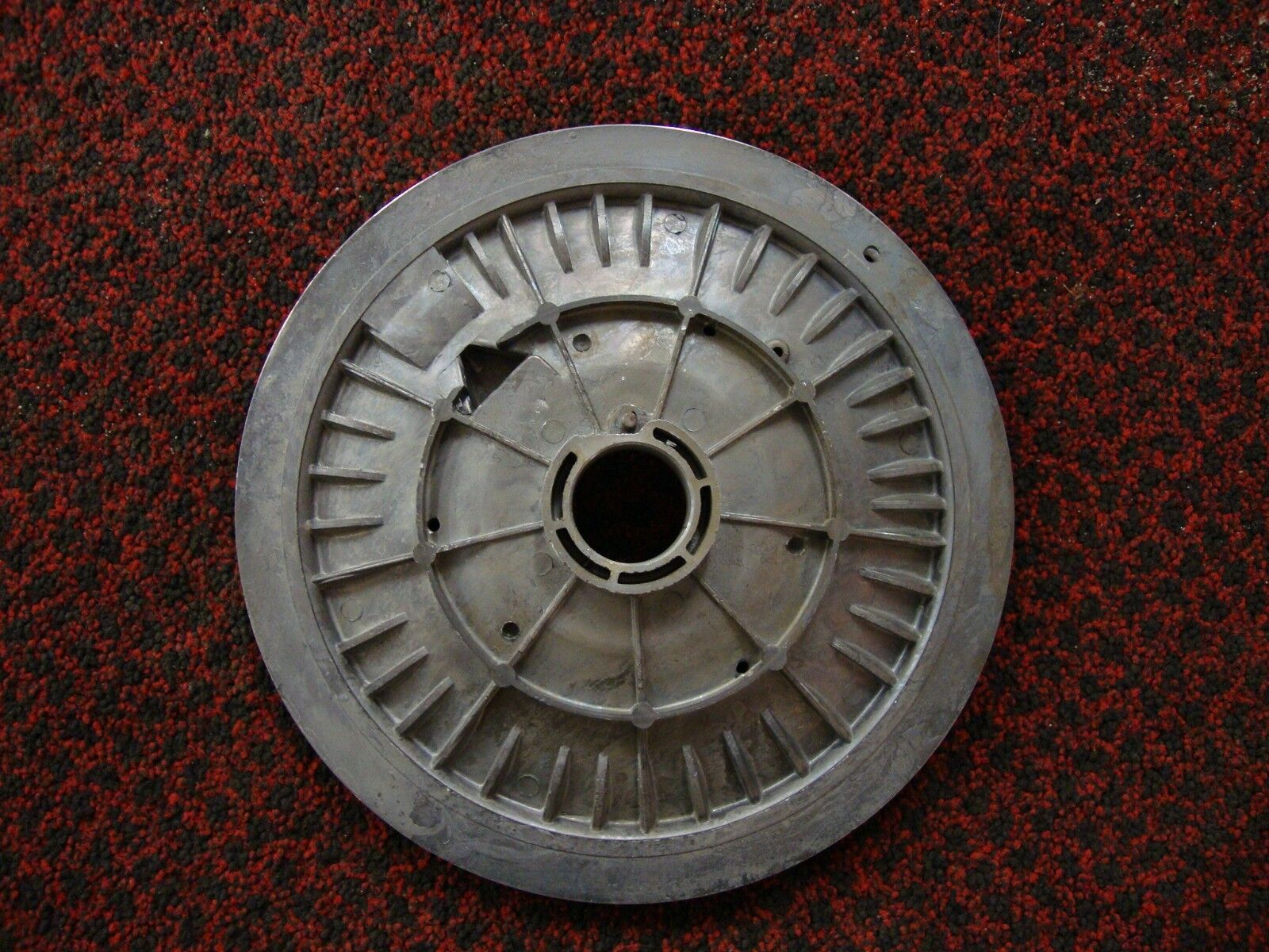 OMC Vintage Johnson/Evinrude starter pulley housing  379072