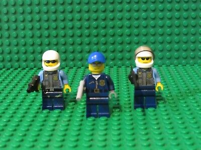 LEGO City Minifigure Lot x4 Police Cops Robbers bad guys /& Accessories MINIFIGS
