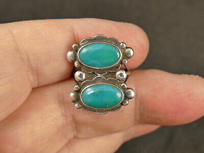 1940s Jewelry Styles and History NAVAJO TURQUOISE SILVER GUILD ERA RING 1940'S VINTAGE TUCSON ESTATE $99.99 AT vintagedancer.com