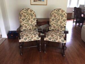 Chaises antiques