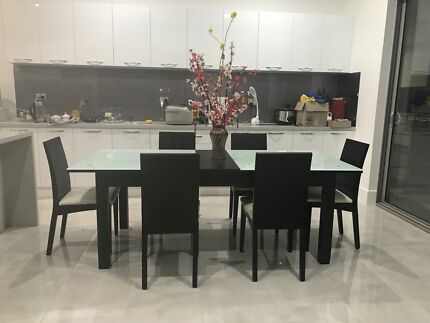 Cheap Family Dining Table For SALE
