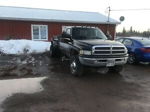 Price dropped ! Dodge 3500 for sale