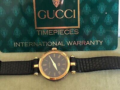 Vintage Gucci 9200 Ladies Black Face Wrist Watch Quartz - Needs battery