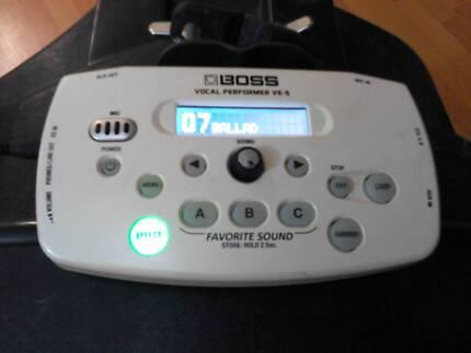 Boss ve-5 Vocal Effects Processor effects unit