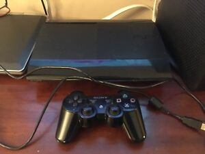PS3 one controller, bunch of games