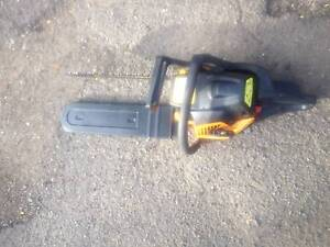 McClloch chain saw,,very good condition,just use 3time 18'' new c Hornsby Hornsby Area Preview