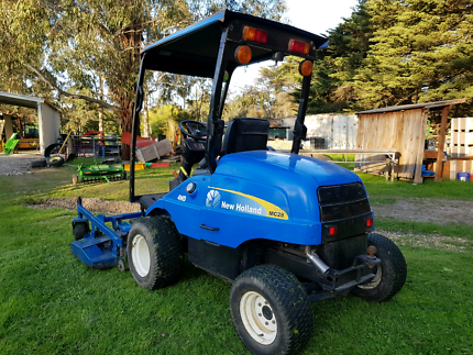 NEW HOLLAND MC28  out front  MOWER