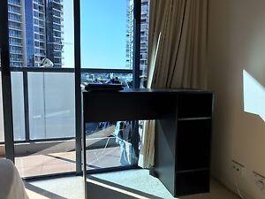 Desk Kangaroo Point Brisbane South East Preview