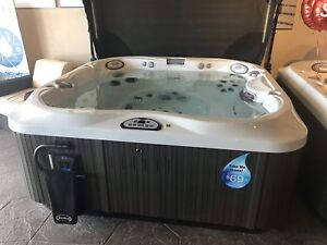 Best deal ever Jacuzzi Hot Tub or All season pool (swim spa)