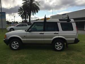 1999 Land Rover Discovery Wagon 4x4 V8