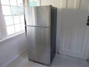530L Fridge in good condition Pennant Hills Hornsby Area Preview