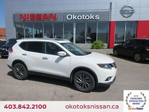 2016 Nissan Rogue SL Premium NAVIGATION, HEATED LEATHER, REAR...