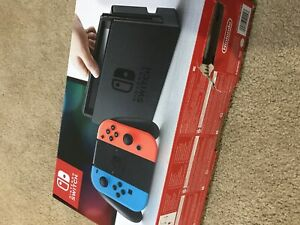 Neon Nintendo Switch with 1 game, box and delivery