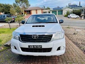 2012 Toyota Hilux Sr 5 Sp Manual Dual Cab P/up