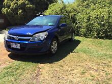 CHEAP 2006 AH HOLDEN ASTRA MINOR DAMAGE MUST GO Sunbury Hume Area Preview