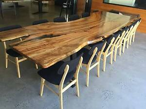 dining table Windsor Hawkesbury Area Preview