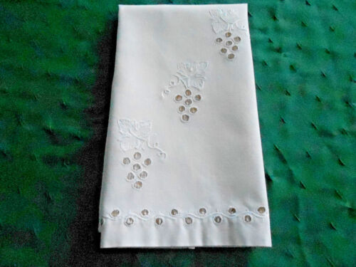 EXQUISITE ANTIQUE TOWEL, HAND EMBROIDERED GRAPE PATTERN, VINTAGE 1930