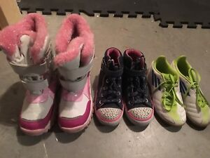 Girls shoes / boots