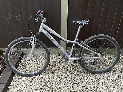 specialized hotrock 24'' mountain Bike silver