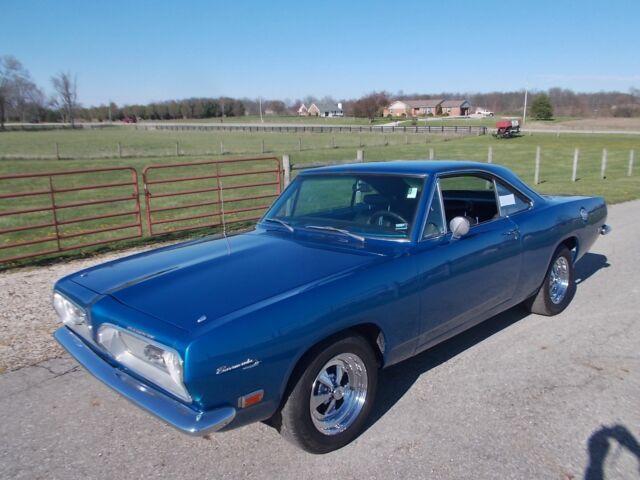 Imagen 1 de Plymouth Barracuda blue