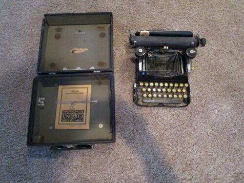 Vintage Folding Corona No. #3 Typewriter - Needs String