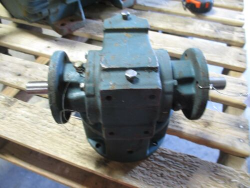 DODGE GEAR DRIVE SPEED REDUCER RATIO: 25.0 1750 RPM #315345B USED
