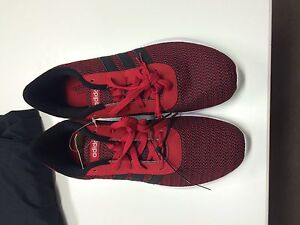 Adidas Running Shoes Size Us 11 West Island Greater Montréal image 1