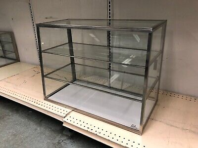 Carib 4t Dry Display Case Countertop Tapered Front Cases Glass - 28 Length