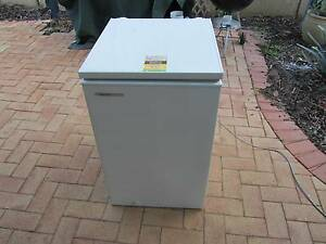 Westinghouse Chest Freezer 150lt Kinross Joondalup Area Preview