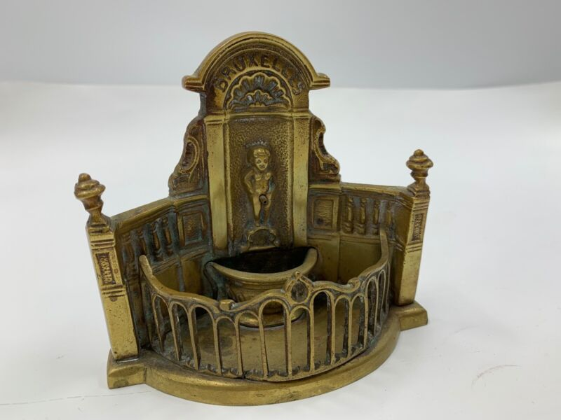 Antique  Bruxelles Naughty Peeing Boy Figure Fountain Brass Souvenir Brussels