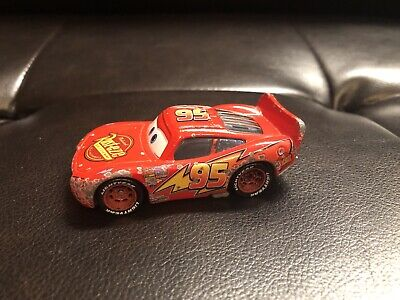 Disney Pixar Cars  Rust-Eze Lightning Mcqueen die cast car