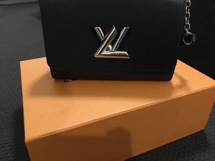 Louis Vuitton LV TWIST MM Bag