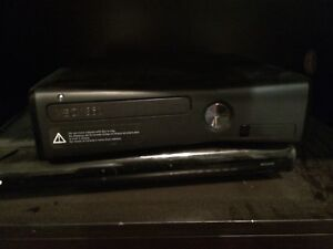 Xbox 360 3 controllers with Kinect