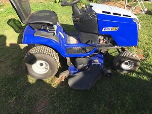 Victa NXT Ride on Mower...low usage! Werribee Wyndham Area Preview