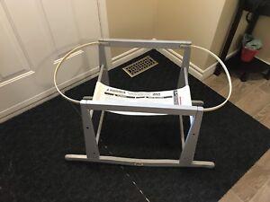 Jolly Jumper Basinette Stand