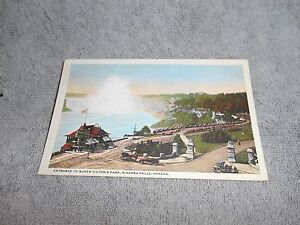 VINTAGE POST CARD -- ENTRANCE TO QUEEN VICTORIA PARK - NIAGARA FALLS, CANADA