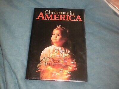 Book* Christmas in America 14.5