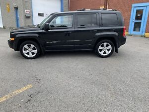 Jeep patriot limited 2011 45$/semaine