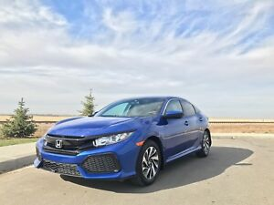 2017 HONDA CIVIC TURBO HATCH ONLY 2700 KMS