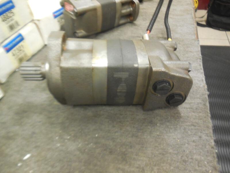 Eaton Char-Lynn 104-3085-006 Hydraulic Motor New