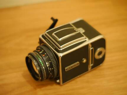 HASSELBLAD 500CM classic camera with 80mm lens and 120 back +MORE Brighton-le-sands Rockdale Area Preview