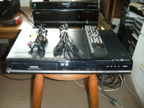 Toshiba D-KR10 DVD Recorder with Remote HDMI